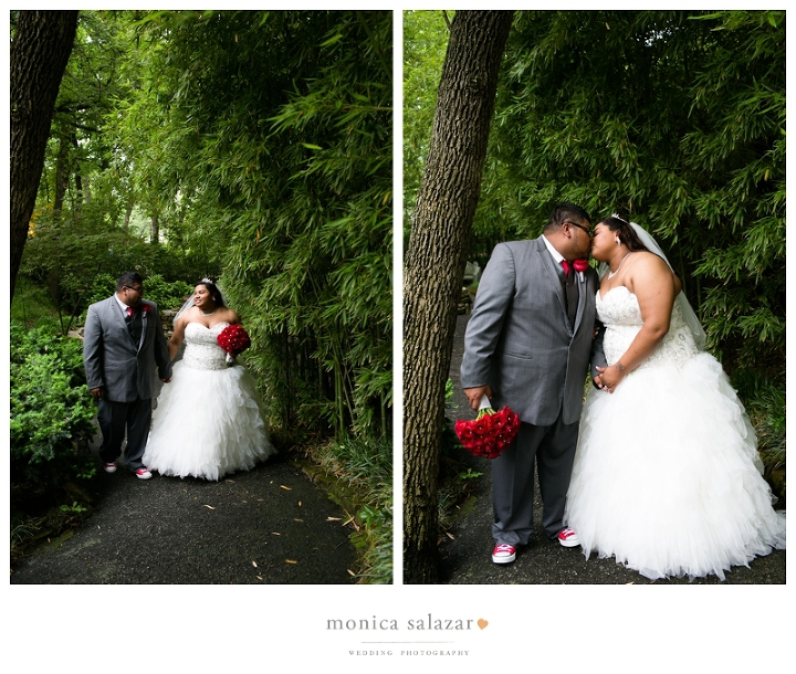outdoor garden wedding in fort worth texas at a & m gardens by fort worth wedding photographers and photography