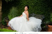 Dallas bridal portraits with an elegant style by Dallas wedding photographer Monica Salazar