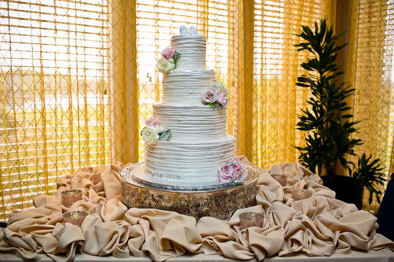 Dallas Wedding Photographer | Modern + Vintage Trophy Club Wedding
